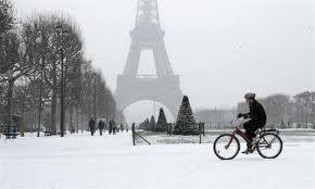 Beauté de Paris sous la neige